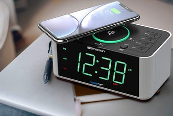 best iphone dock alarm clocks