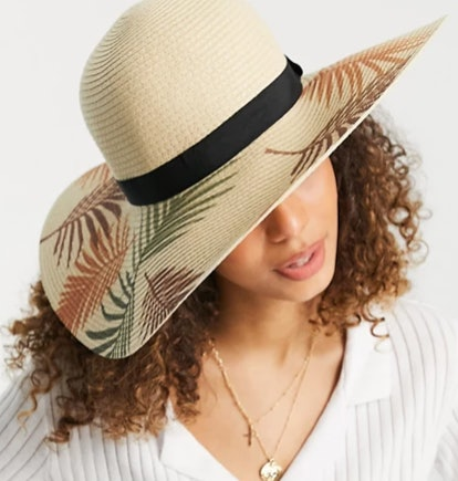 South Beach Straw Hat With Palm Tree Print (Natural)