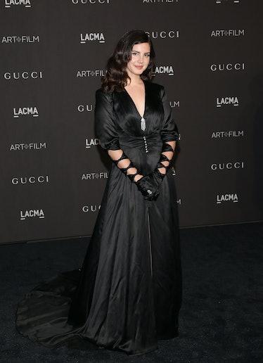 Lana Del Rey in all black