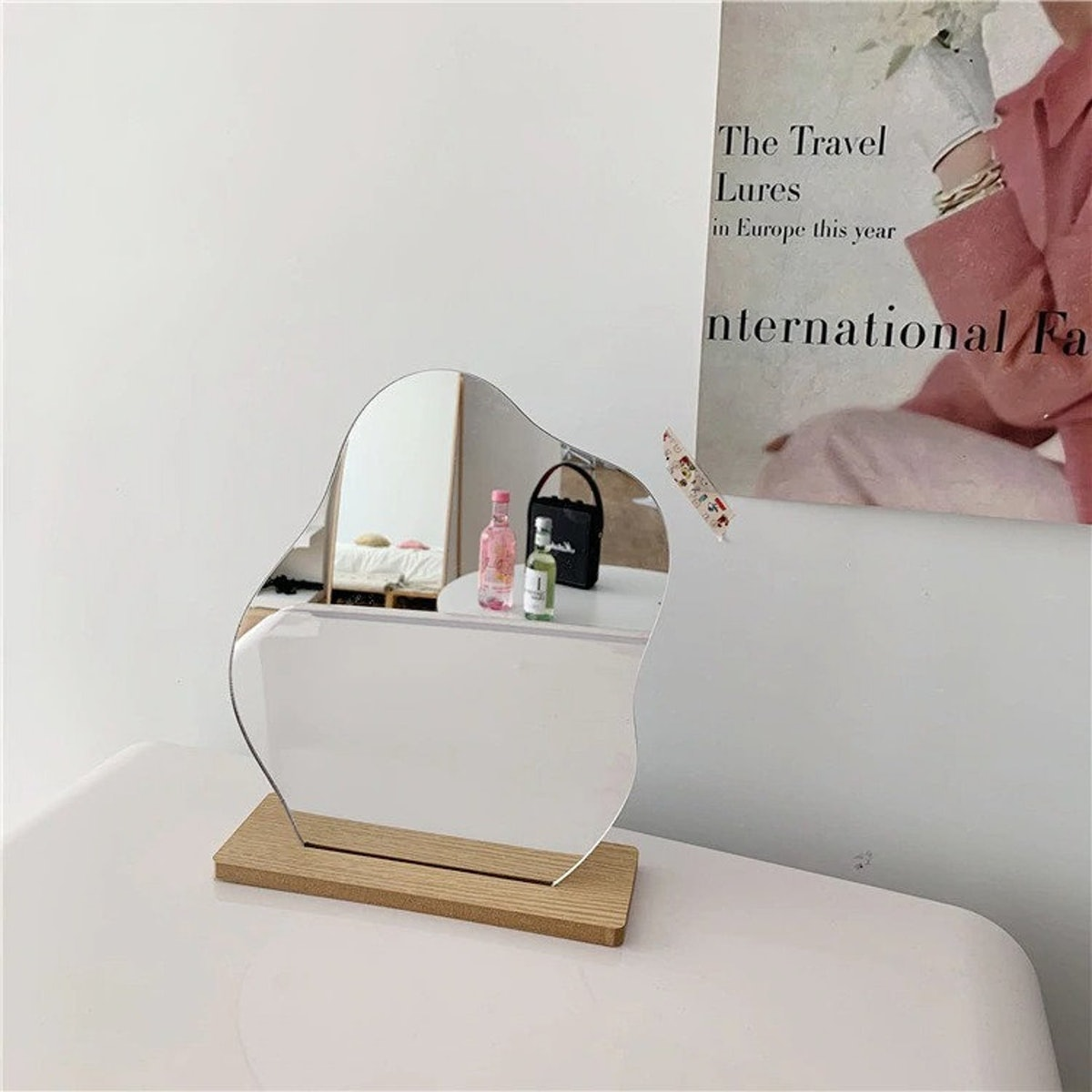 Acrylic Irregular Makeup Tabletop Mirror