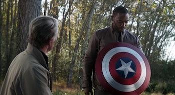 Sam Wilson holding the Captain America shield in Avengers: Endgame
