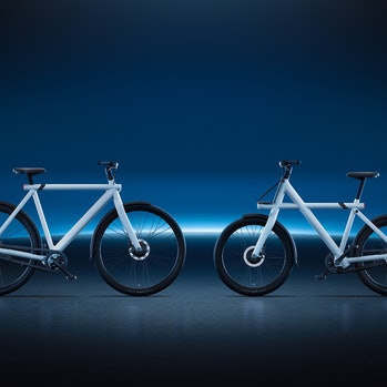The VanMoof S3 (left) and X3 (right)