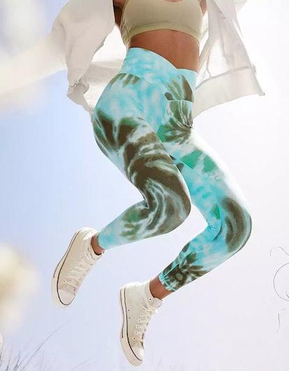 OFFLINE Real Me High Waisted Crossover Legging