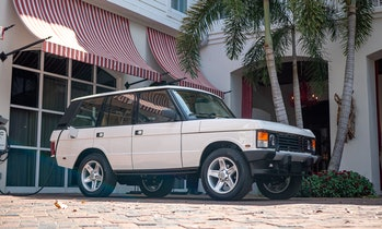 ECD Automotive retrofitted a Range Rover Classic with a Tesla motor.