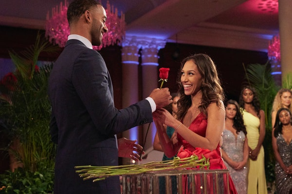 Serena Pitt accepts a rose from Matt James on Season 25 of 'The Bachelor'