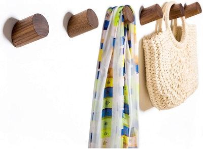 Felidio Natural Wood Coat Hooks (2-Pack)