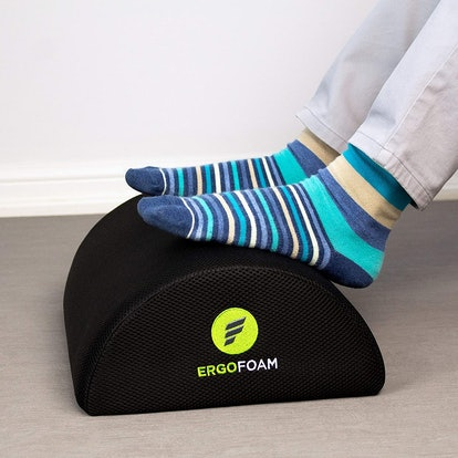ErgoFoam Under Desk Foot Rest