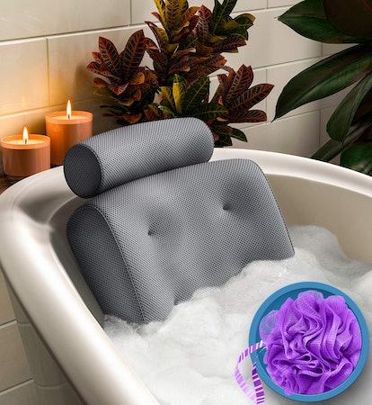 Everlasting Comfort Non-Slip Bathtub Pillow