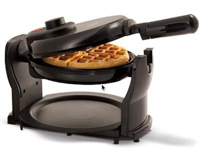 BELLA Classic Waffle Maker