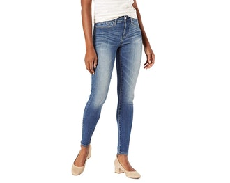 Signature by Levi Strauss & Co Totally Shaping Skinny Jeans