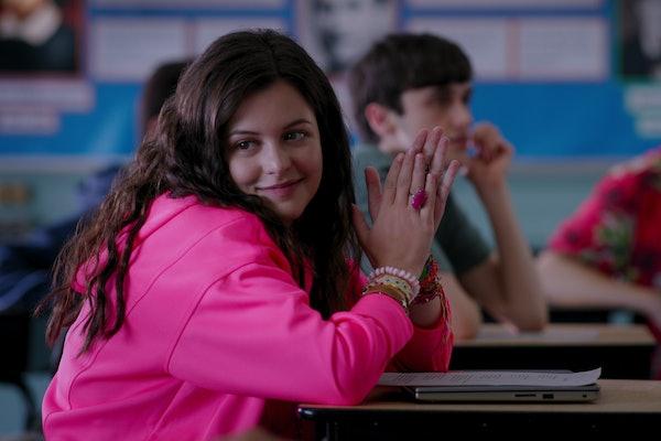 Sara Waisglass as Max in Ginny & Georgia Season 1.