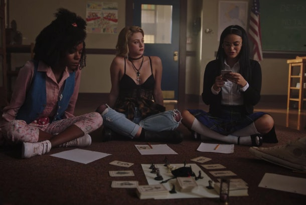 The cast of 'Riverdale' plays Griffins & Gargoyles in Season 3