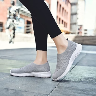 TIOSEBON Mesh Athletic Shoes