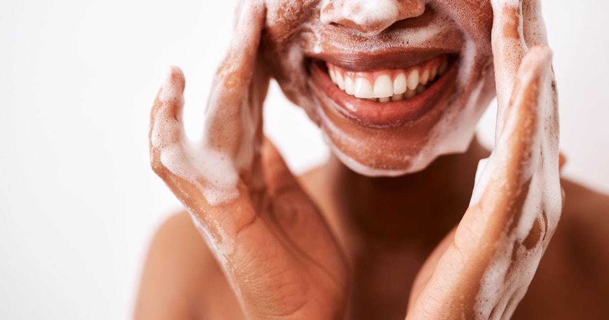 You'll Never Shop For Cleansers The Same Way After Hearing This Expert Advice