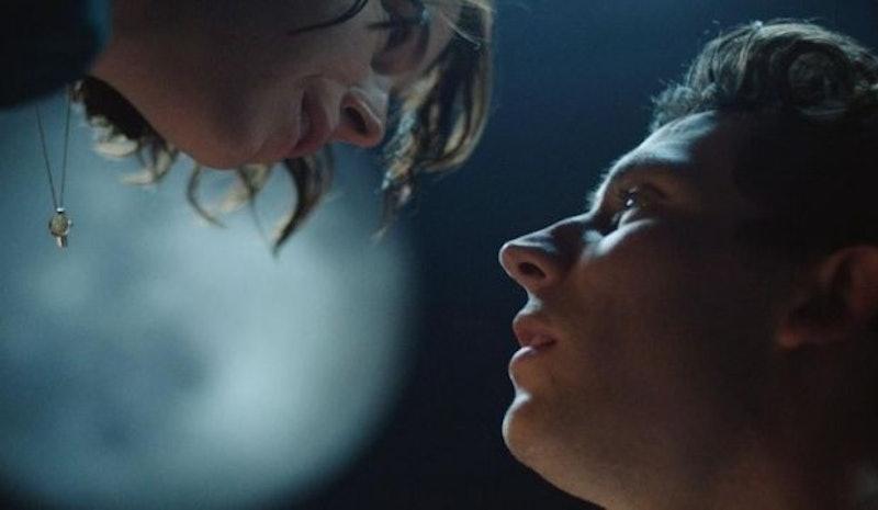 Josh O'Connor and Jessie Buckley In 'Romeo & Juliet'