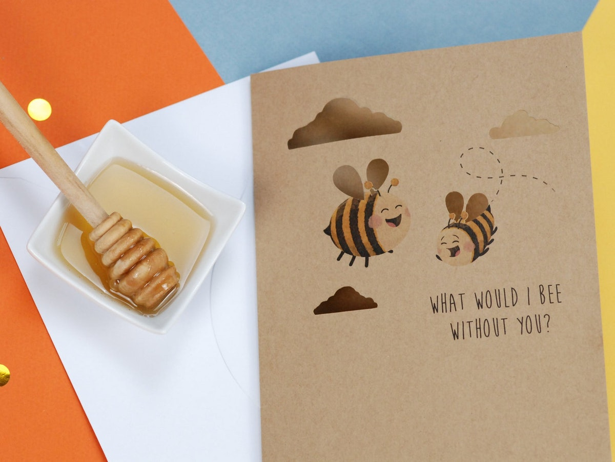 Bumble Bee Mothers Day card funny