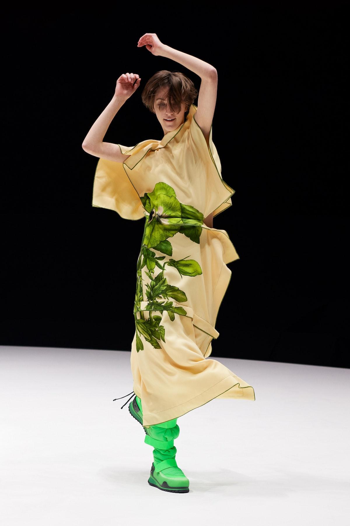 model in kenzo show