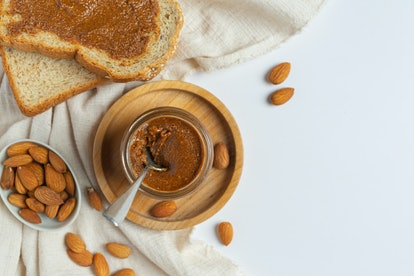 toast almond-based recipes