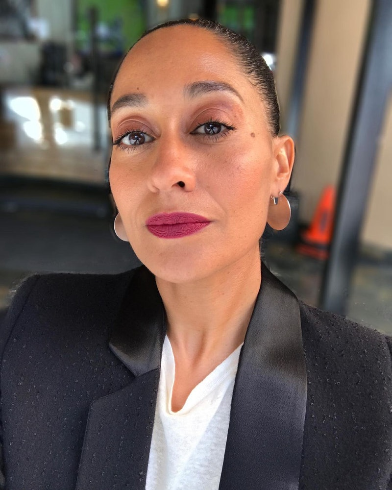 Tracee Ellis Ross at the 2021 NAACP Awards: makeup details and outfits.