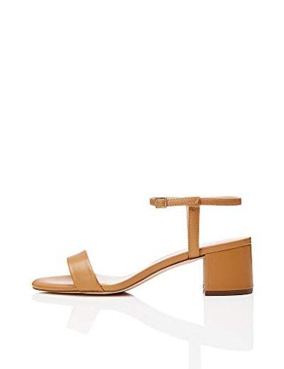 find. Block Heel Open-Toe Sandals With Strap