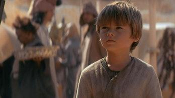 Star Wars Obi-Wan Kenobi cast announcement luke skywalker aunt beru uncle owen