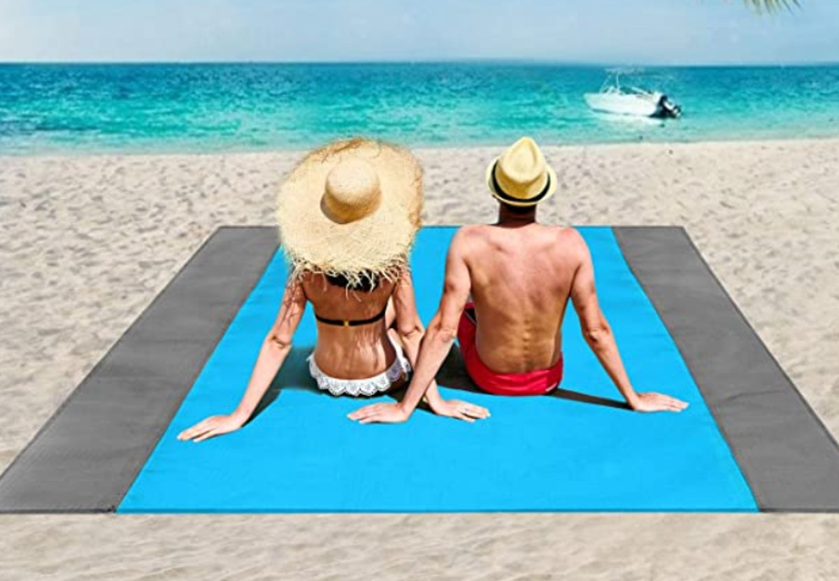 ISOPHO Sand Proof Beach Blanket