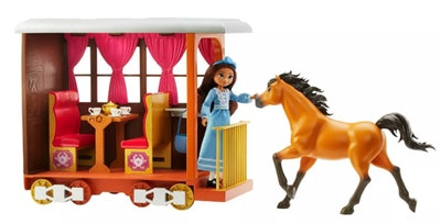 Spirit Untamed Lucky's Train Home Playset