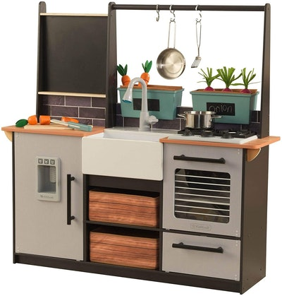 KidKraft Farm-To-Table Kitchen