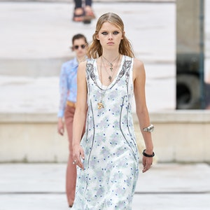 Look 12 in Chloé's Spring 2021 Ready-To-Wear collection.