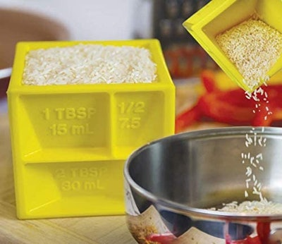 KITCHEN CUBE All-in-One Measuring Cup