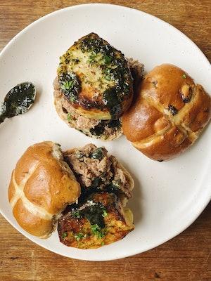 A Lamb Hot Cross Bun Burger, as seen on PoppyCook's TikTok