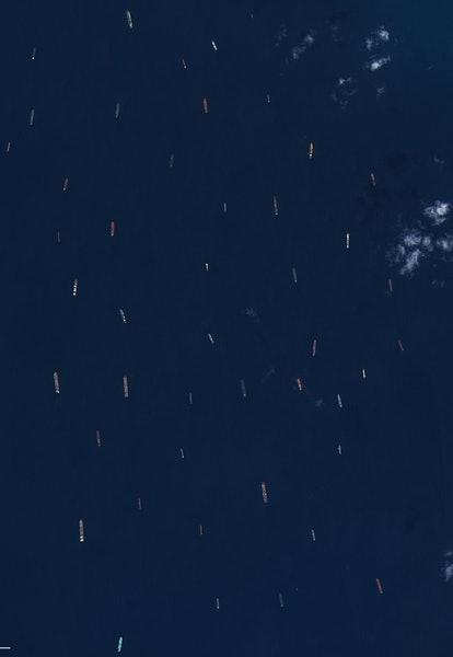 ships stuck in suez canal by ever given