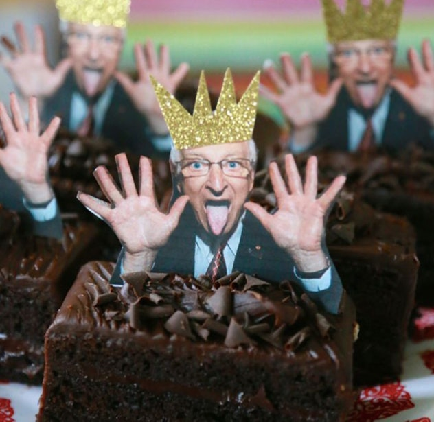 Cake topper photo