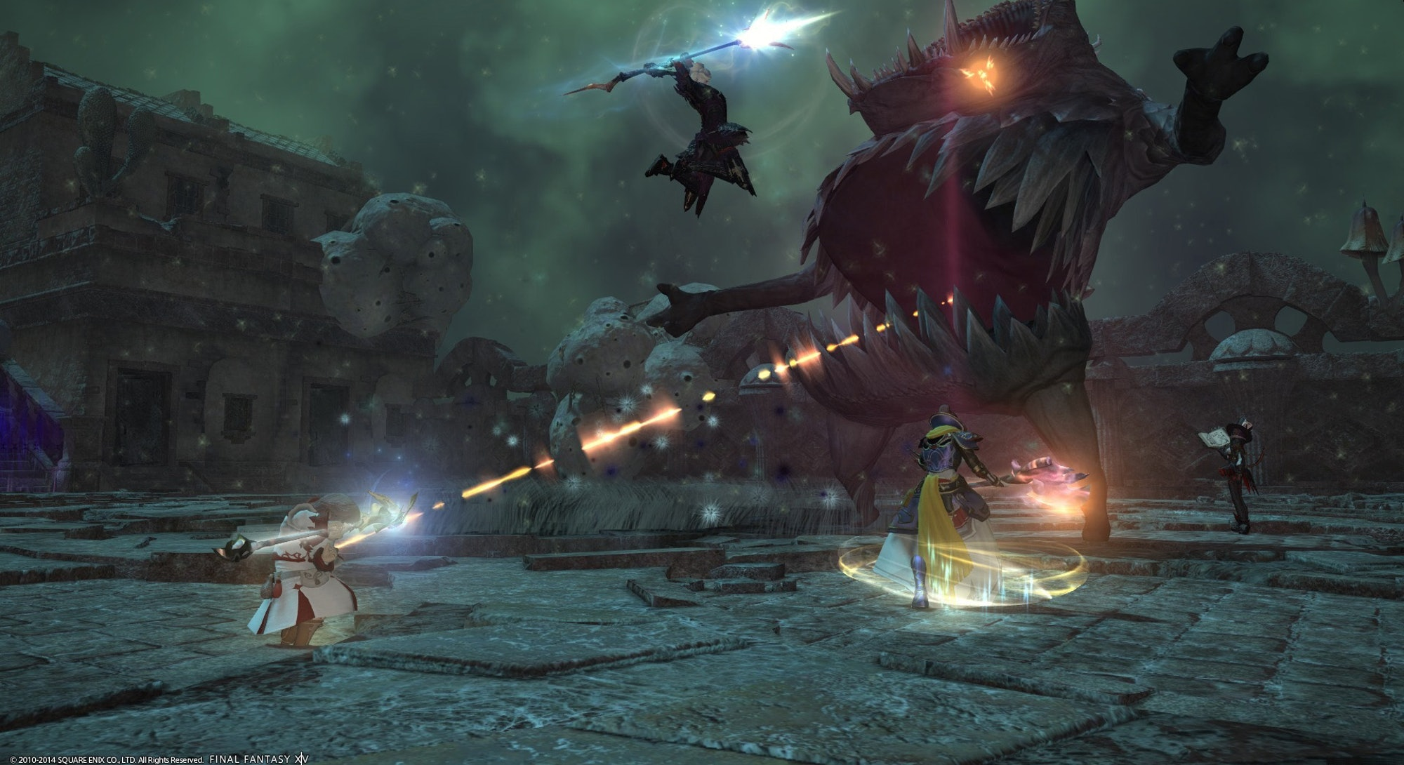 players fighting giant monster in ffxiv