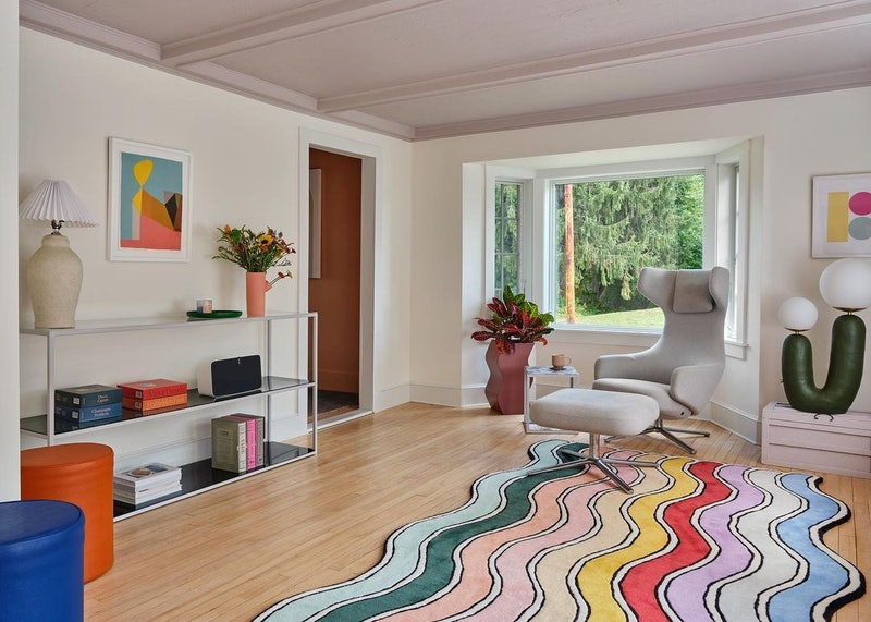 Stlying your home with rugs is easy with these pro tips.