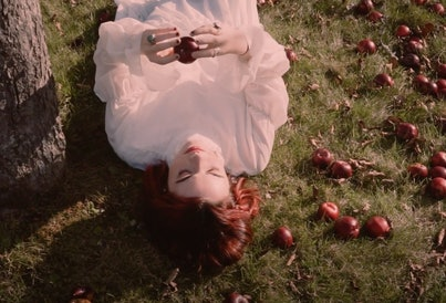"""Genevieve Stokes premieres her new alt-pop single and video, """"Parking Lot."""""""
