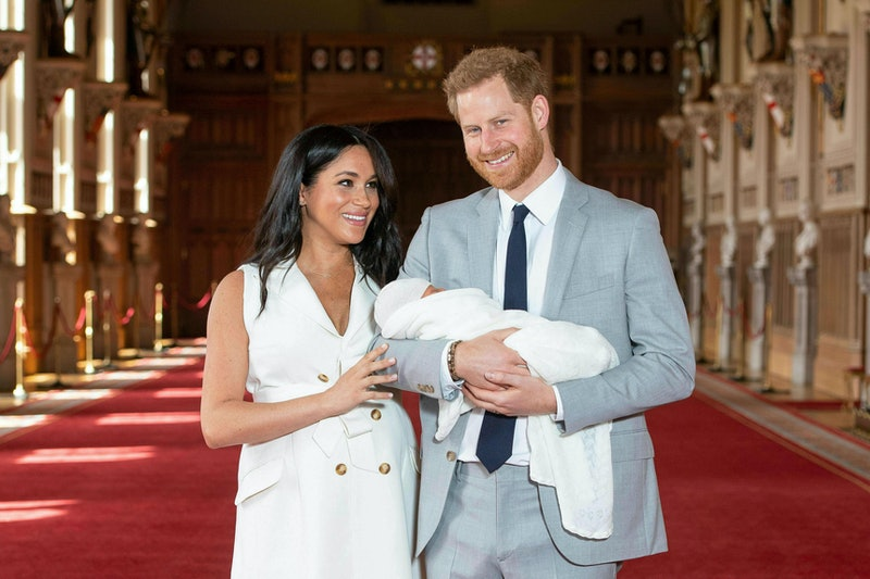 Meghan Markle & Prince Harry at the official photo-op after Archie's birth.