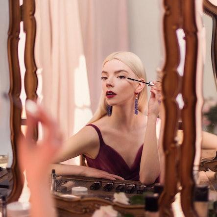 Anya Taylor-Joy Critics' Choice Awards Makeup look Dior