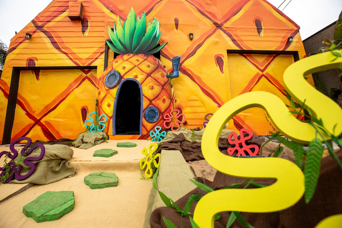You can visit SpongeBob's pineapple home in real-life, thanks to a new Vrbo listing that's decorated just like it.