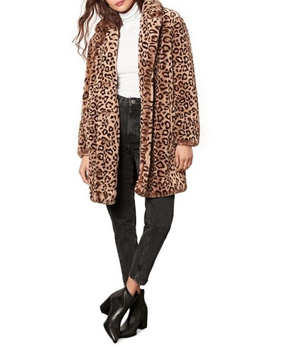 Cupcakes and Cashmere Tinsley Faux Fur Leopard Coat