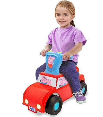 Peppa Pig Family Car Push n' Scoot Ride-on