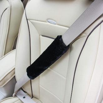Soft Faux Sheepskin Seat Belt Shoulder Pad (4-Pack)