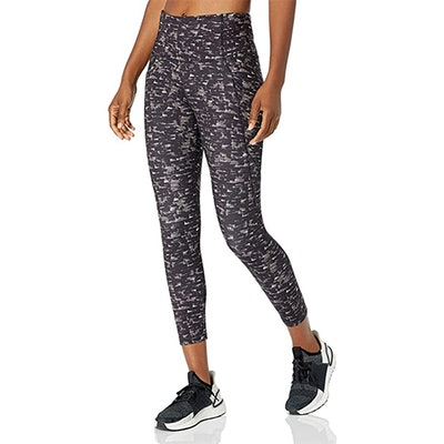 Core 10 All Day Comfort Cropped Legging