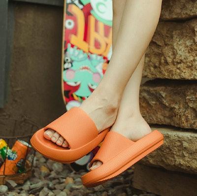 EQUICK Nonslip Bathroom Sandals