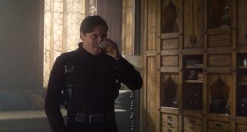 Daniels Brils kā barons Zemo The Falcon and the Winter Soldier 4. sērijā