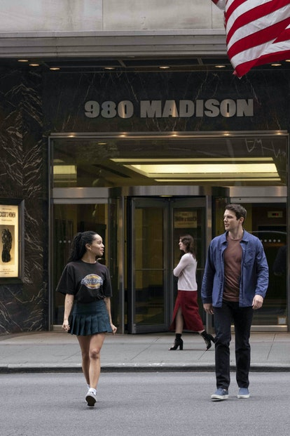 "Zoë Kravitz as Robyn ""Rob"" Brooks and Jake Lacy as Clyde in High Fidelity."