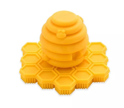 BIG BEE little bee ScrubBEE Buzzy Body Brush in Yellow