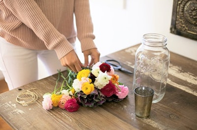 Bouqs 10-16 Stem Monthly Flower Subscription