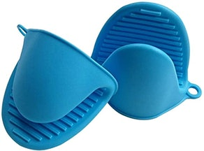 Axe Sickle Silicone Oven Mitts (2 Pieces)
