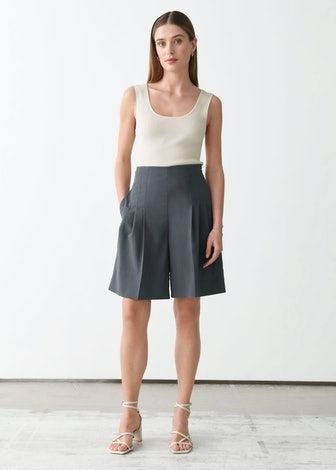 Pleated High-Waist Wool Shorts